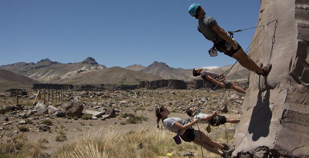 Valle de los Cóndores: Mucho más que un paraíso para la escalada